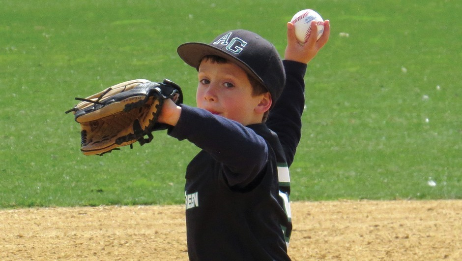 Coaches Weigh In: How to Stand Out at Baseball Tryouts