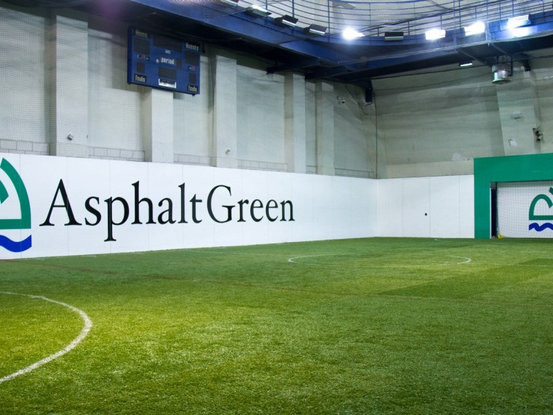 UPPER EAST SIDE Indoor FieldTurfR Field 725x45 With Retractable 12 Goal Openings Surrounded By 8 High Glass And Additional Protective Netting